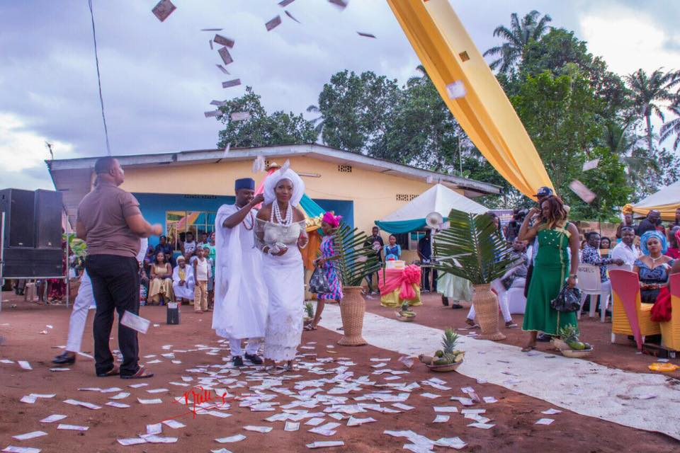 Nneka Frances & Izunna Chukwumereije Traditional Marriage
