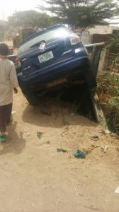 Man teaches daughter how to drive, you Wont believe what happened Next (See Photos)
